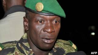 Лидер военной хунты капитан Амаду Саного