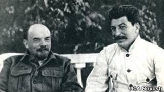 Ленин и Сталин в Горках в июле 1922 года
