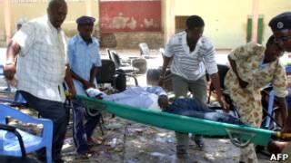 В результате взрыва в Могадишо погибли 10 человек