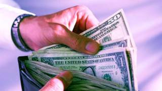 Dinheiro em Envelope (Foto BBC)