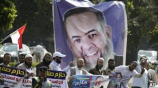 أنصار أبو اسماعيل خلال حملته الانتخابية
