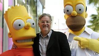 """Matt Groening, creador de """"Los Simpsons"""", con sus personajes"""