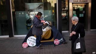 Hombre desempleado en España