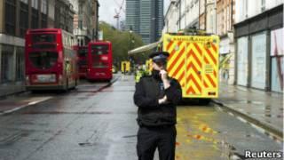 Região isolada pela polícia no centro de Londres (Reuters)