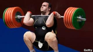 بهداد سلیمی وزنهبردار فوق سنگین ایران