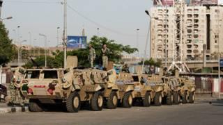 جنود مصريون في القاهرة