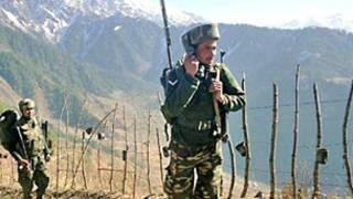 لائن آف کنٹرول پر بھارتی فوجی کی فوٹو