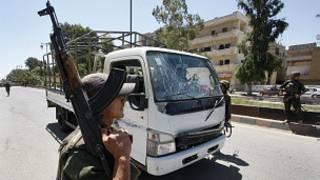 تأمين موكب المراقبين في سوريا