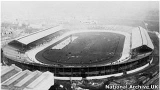 Estádio em Londres em 1908 | Foto: Arquivo Nacional britânico