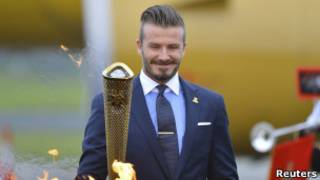 Beckham con la antorcha olímpica