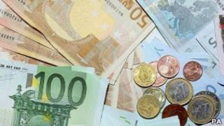 یورو، واحد پول هفده کشور اروپایی است
