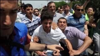 پلیس با معترضان در جمهوری آذربایجان برخورد کرد