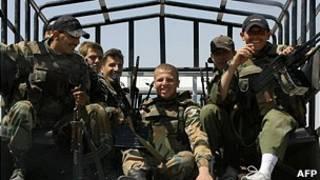 Группа сирийских военных