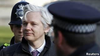 Julian Assange chega à Suprema Corte em fevereiro - Foto: Reuters