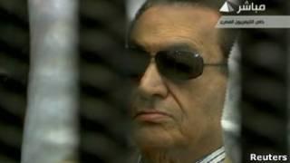 مبارك في قاعة المحكمة