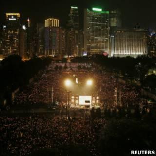 香港維多利亞公園「六四」燭光晚會(4/6/2012)