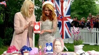 BBC主持人菲妮·科頓在與英國女星帕洛瑪·菲斯