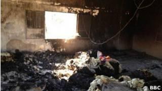 Cảnh tàn phá ở làng Qubair