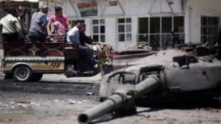 ဆီးရီးယားတင့်ကား ဖျက်ဆီးခံရ