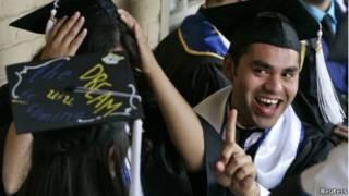 Graduación de estudiantes indocumentados en California