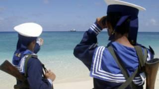 Lính hải quân Việt Nam tuần tra ở Trường Sa