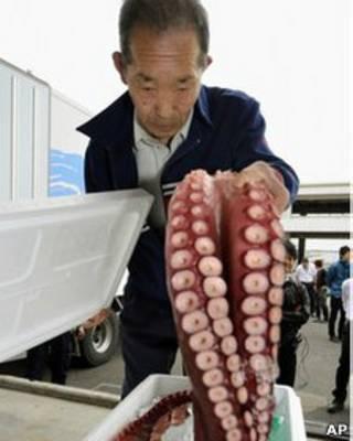 Продажа морепродуктов в Фукусиме