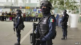 Аэропорт в Мехико после перестрелки