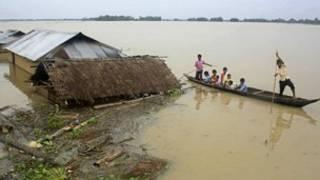 آسام سیلاب کا منظر