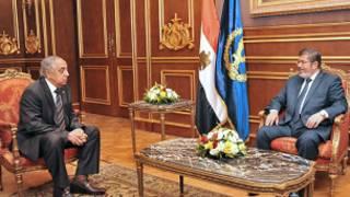 مرسي ووزير الداخلية