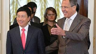 Ngoại trưởng Nga chào đón người đồng cấp Việt Nam