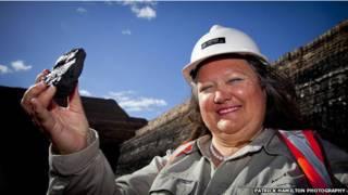 दुनिया की सबसे धनी महिला जीना राइनहार्ट