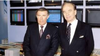 نيل (الى اليسار) وميردوخ