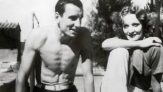 1934年派瑞與明星黛德麗出雙入對。