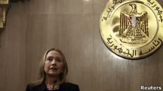Хиллари Клинтон на пресс-конференции в Каире