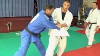 Atletas de judô da Palestina durante treinamento.