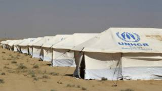 مخيمات اللاجئين
