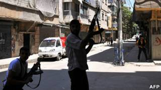 Повстанцы на улицах Алеппо
