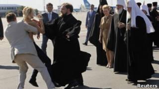 Активистка Femen и патриарх Кирилл
