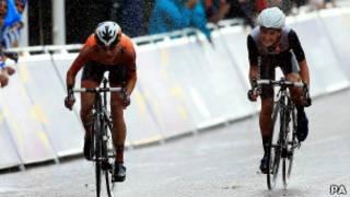 Финал заезда велосипедисток