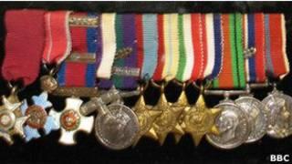 Медали Второй мировой войны сэра Джона Хакетта, украденные из музея в Истборне