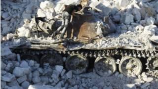 دبابة مدمرة
