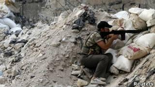 Сирийский повстанец в Алеппо