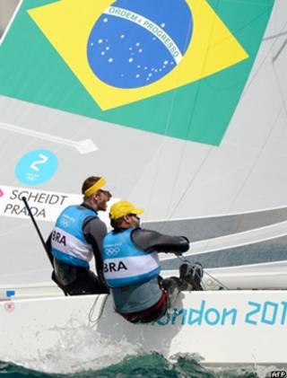 Bruno Prada e Robert Scheidt (foto: AFP)