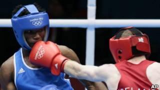 الملاكم توماس إيسومبا احد الرياضيين