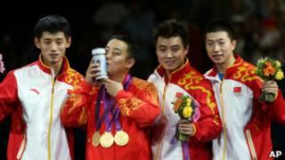 اعضاء الفريق الصيني لكرة الطاولة