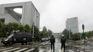 محاكمة زوجة السياسي الصيني بو شيلاي أثارت اهتمام الرأي العام