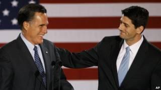 Hai ông Mitt Romney (bên trái) và Paul Ryan