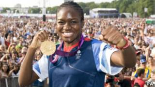 倫敦奧運女子拳擊金牌得主尼古拉•亞當斯