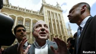 Борис Березовский у Высокого суда в Лондоне