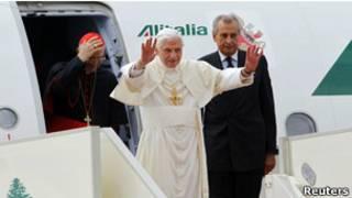 Папа Римский прибыл в Ливан